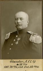 Porträtt av Adolf Ölander, officer vid Första livgrenadjärre