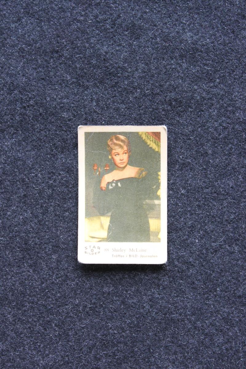 Filmstjärnebild med foto föreställande Shirley McLaine