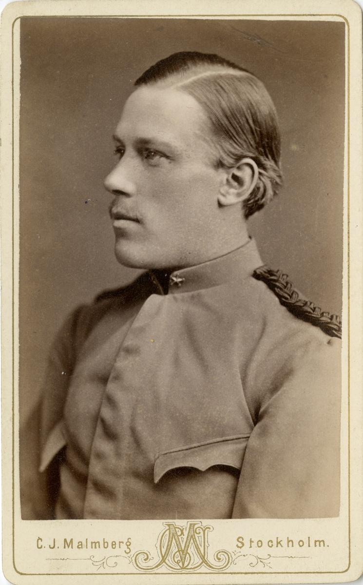 Porträtt av okänd underlöjtnant vid Fortifikationen.
