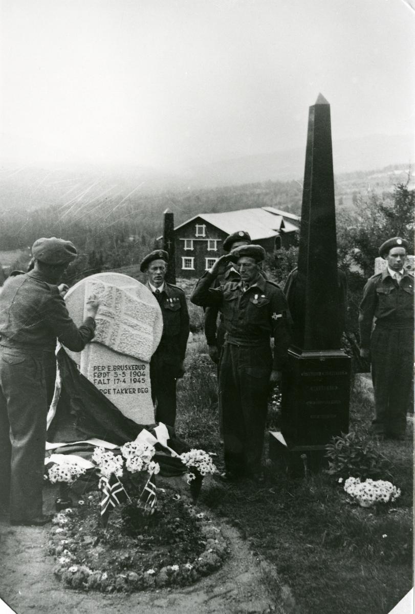 Avdukingen av minnestein over Per Bruskerud, Hedalen.