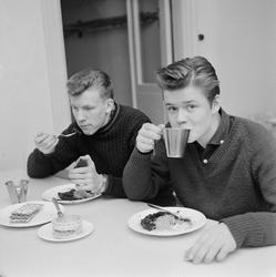 """Skolbespisning i Tierp"", Uppland 1959"
