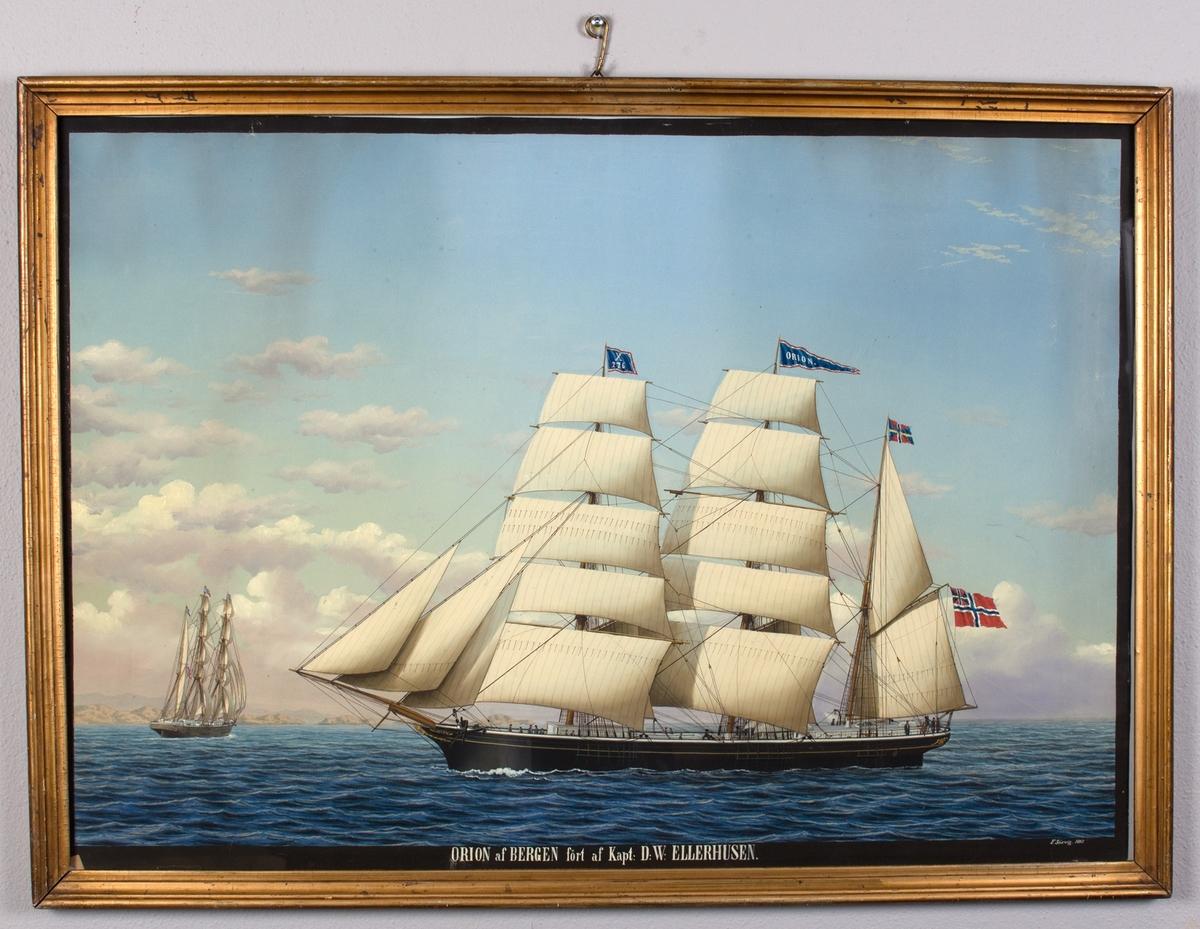 Skipsportrett av bark ORION for fulle seil. Skipet har vimpel i masten med skipet navn, og flagg i masten med kjenningstegn X276. Kystlandskap i bakgrunnen. Mindre versjon av samme skip sees fra akter.
