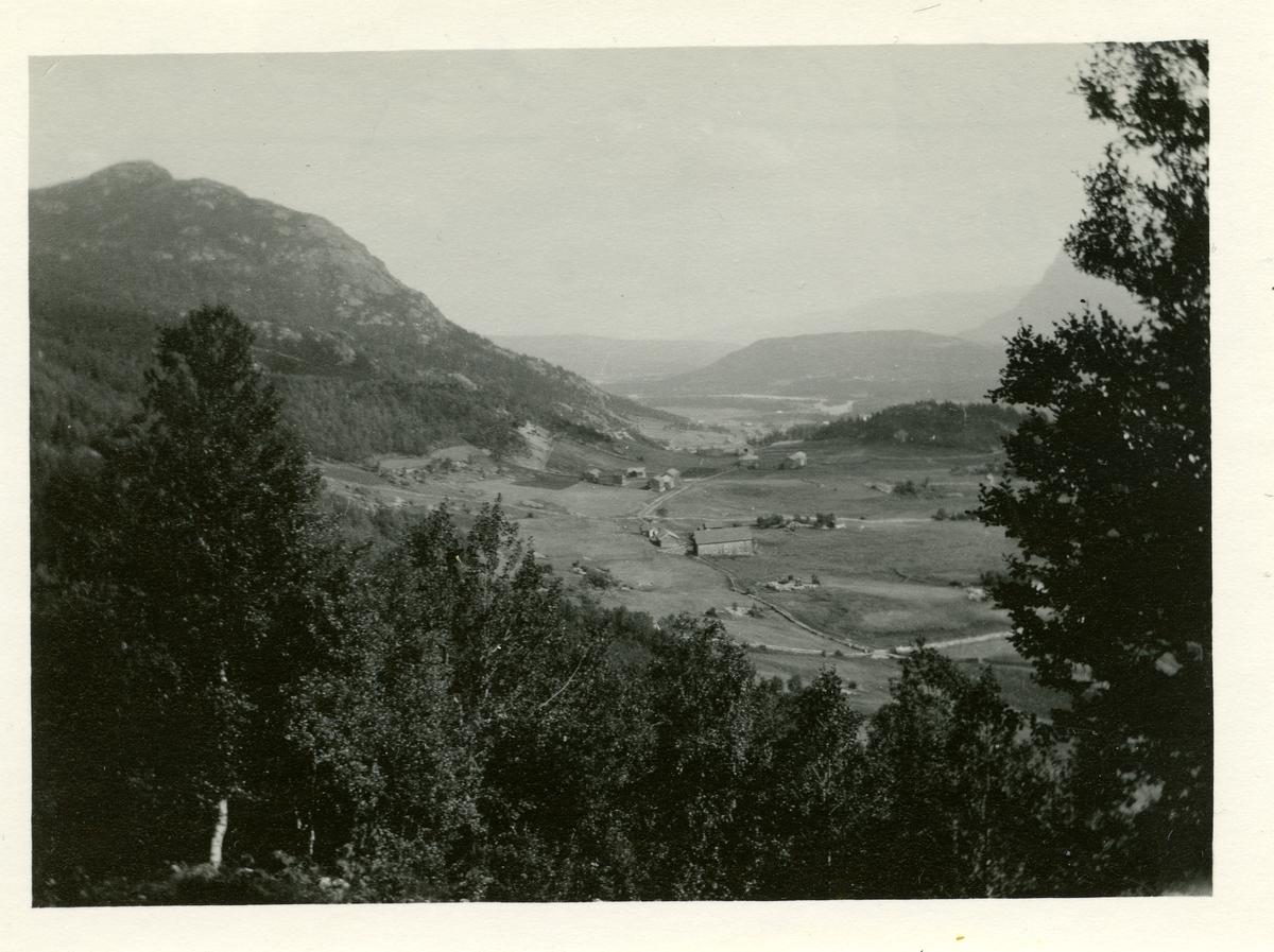 Landskapsbilde fra Kyrkjebøen, Hemsedal.