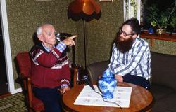 Lars Gahrn intervjuar Edgar Flinta. Hulelyckan i Mölndal, 14