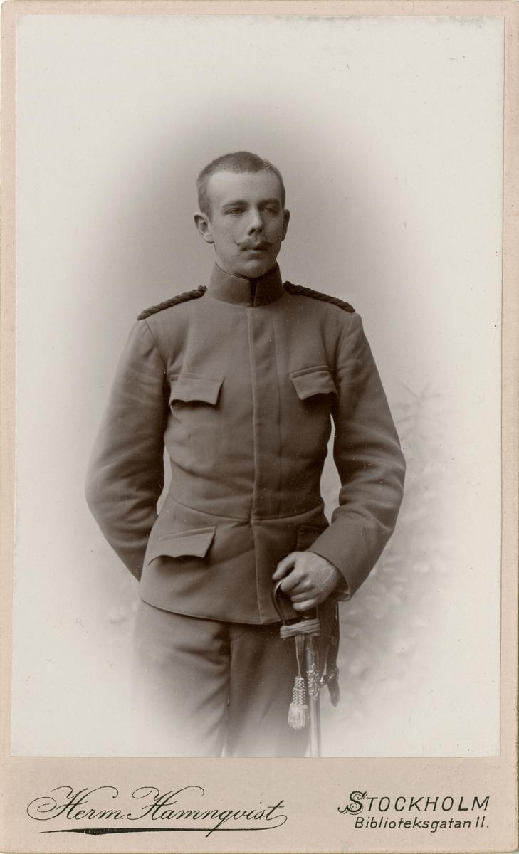 Porträtt av Carl Gustaf Norinder, löjtnant vid Fortifikationen.