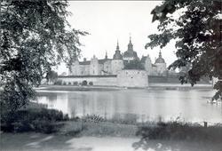 Kalmar slott från Sylvanderparken.