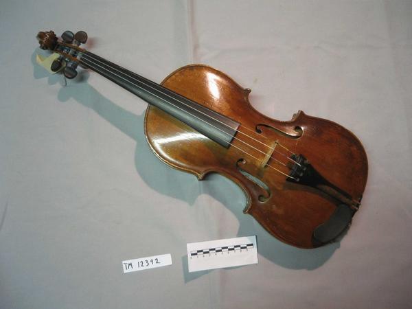 Fiolin.jpg. Foto/Photo