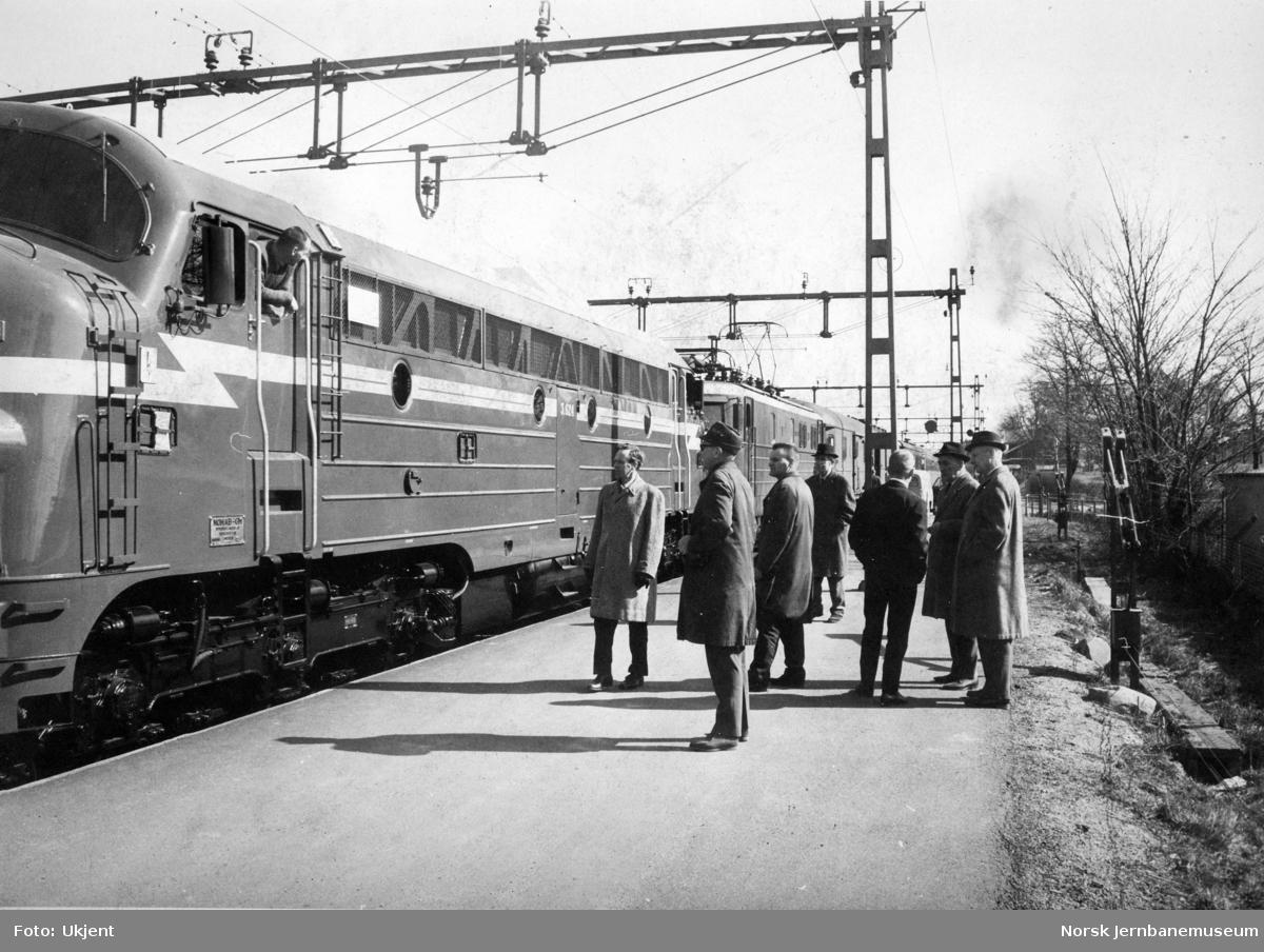 Nytt diesellokomotiv Di 3 624 på leveransetur fra Trollhättan til Norge