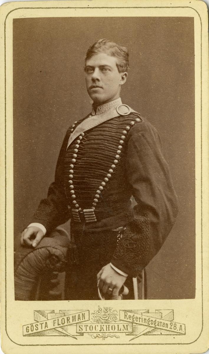 Porträtt av Carl Waern, löjtnant vid Wendes artilleriregemente A 3.