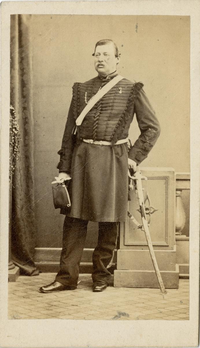 Porträtt av Carl Johan Leonhard Didron, major vid Livregementets dragonkår K 2.