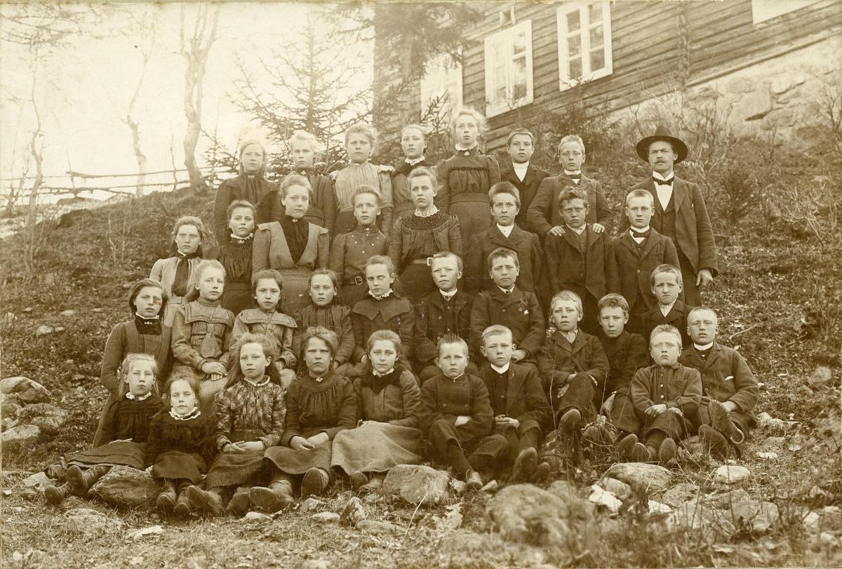 Skulefoto, Thorshaug skule, ca 1910.