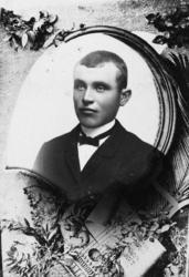 Portrett av Martin Iversen f 1873.