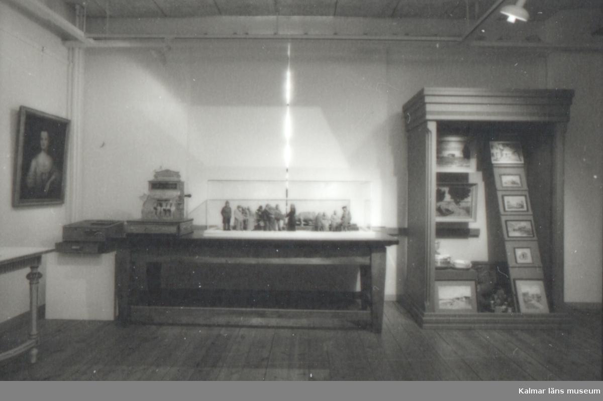 Utställningen Hilmer Jeanssons samling , 6/2 1999 Kalmar läns museum, våning 2 egen produktion.
