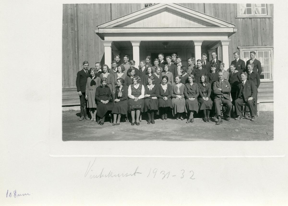 Elevar på vinterkurset til Vestoppland Folkehøgskule, 1931-32.