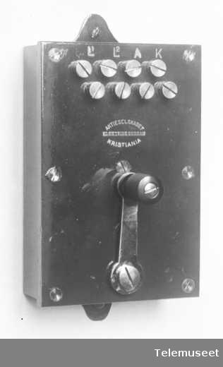 Telefonutstyr, linjevender, 18.8.13. Elektrisk Bureau.