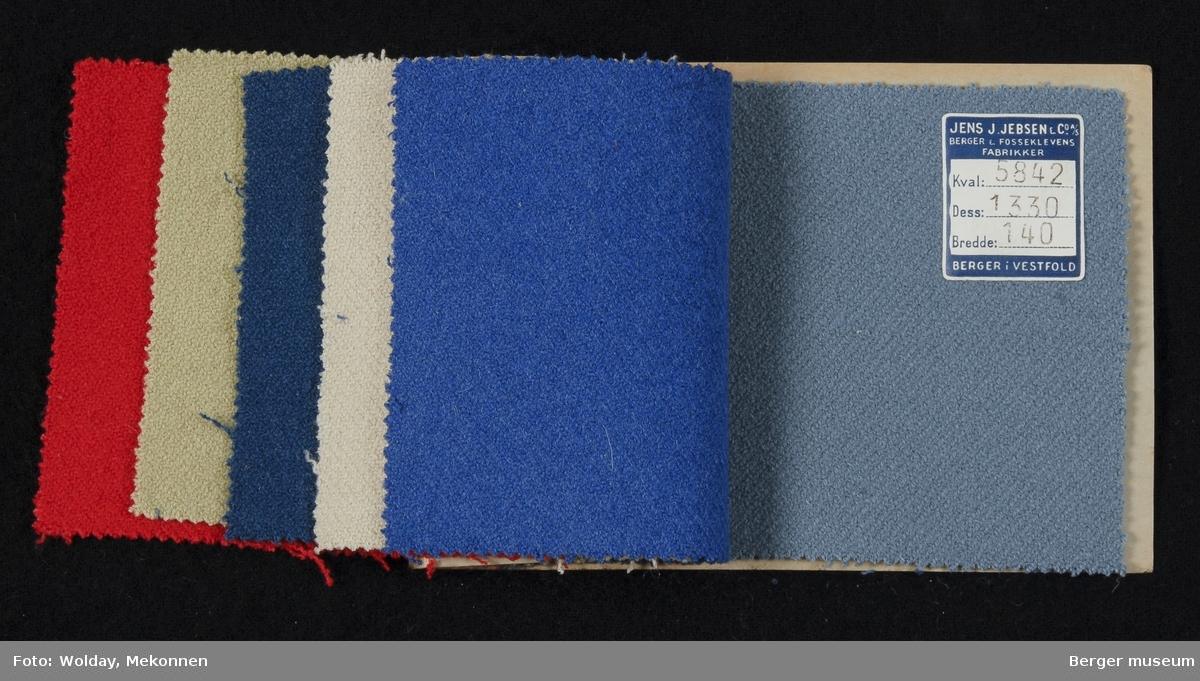 Prøvehefte med 6 prøver Kåpe/drakt Stykkfarget Kvalitet 5842