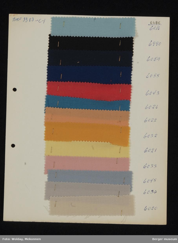 Ark med 13 prøver Kjole/skjørt Kvalitet 6486 Stykkfarget