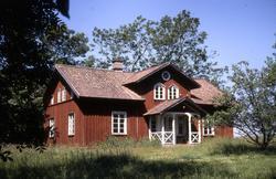 Manbyggnaden på Bjärka gård.