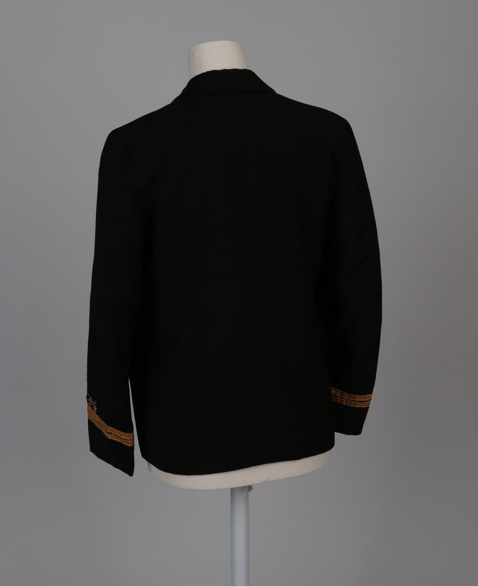 Uniformsjakke, del av telegrafist-uniform bestående av jakke, skjørt, bukse og uniformslue for kvinne.