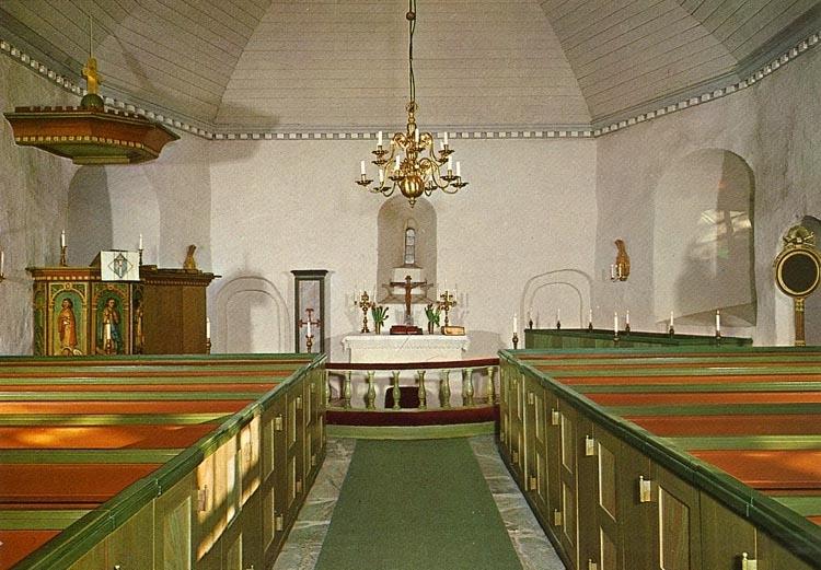"""Enligt Bengt Lundins noteringar: """"Ljungs gamla kyrka. Interiör""""."""