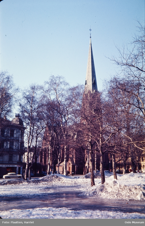park, snø, Paulus kirke, bygård, biler
