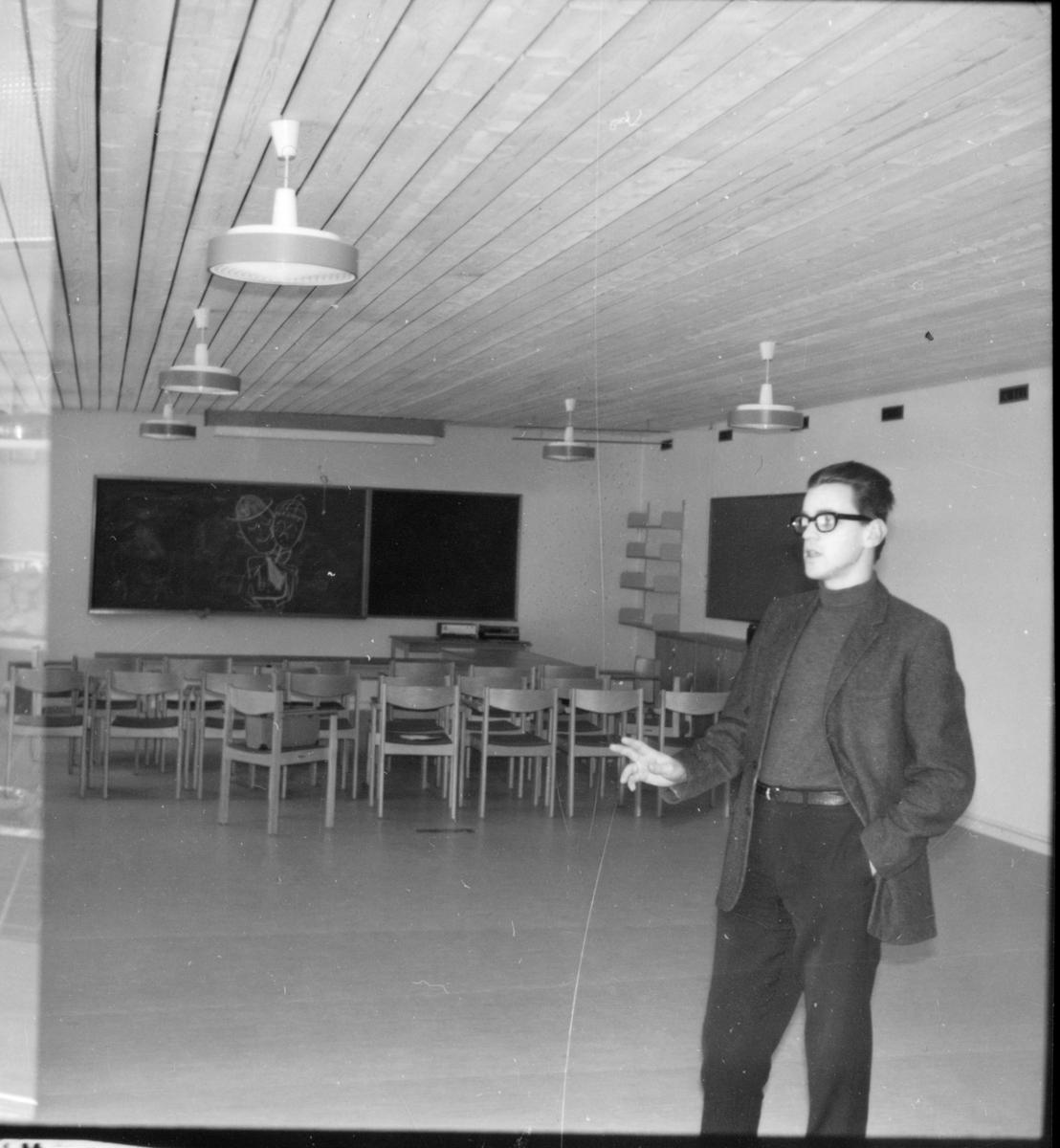 Stiftsgården, Nybyggnaden visas, Mars 1969