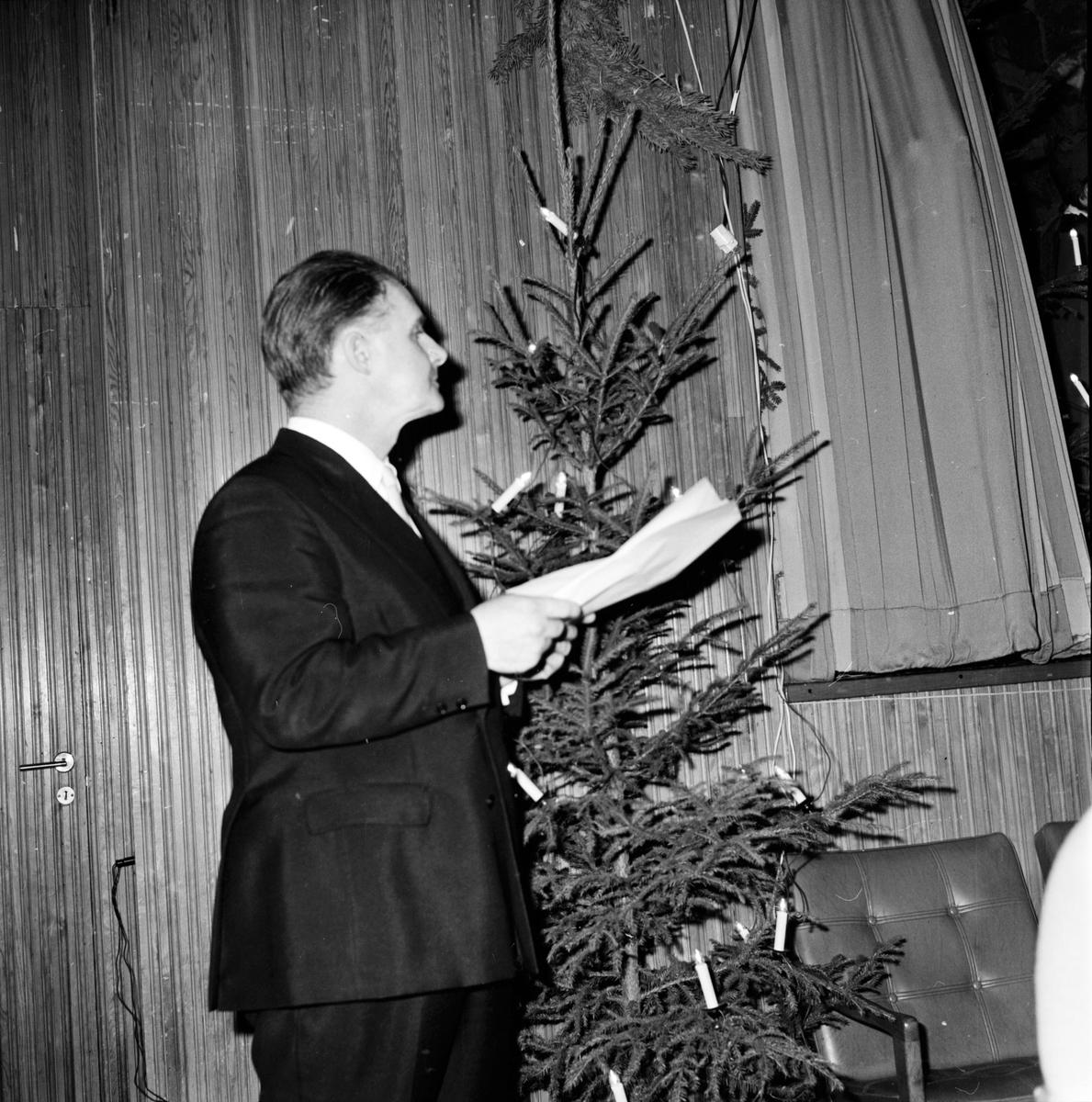 Nytorpsskolan. Fest för handikappade, 17 December 1972