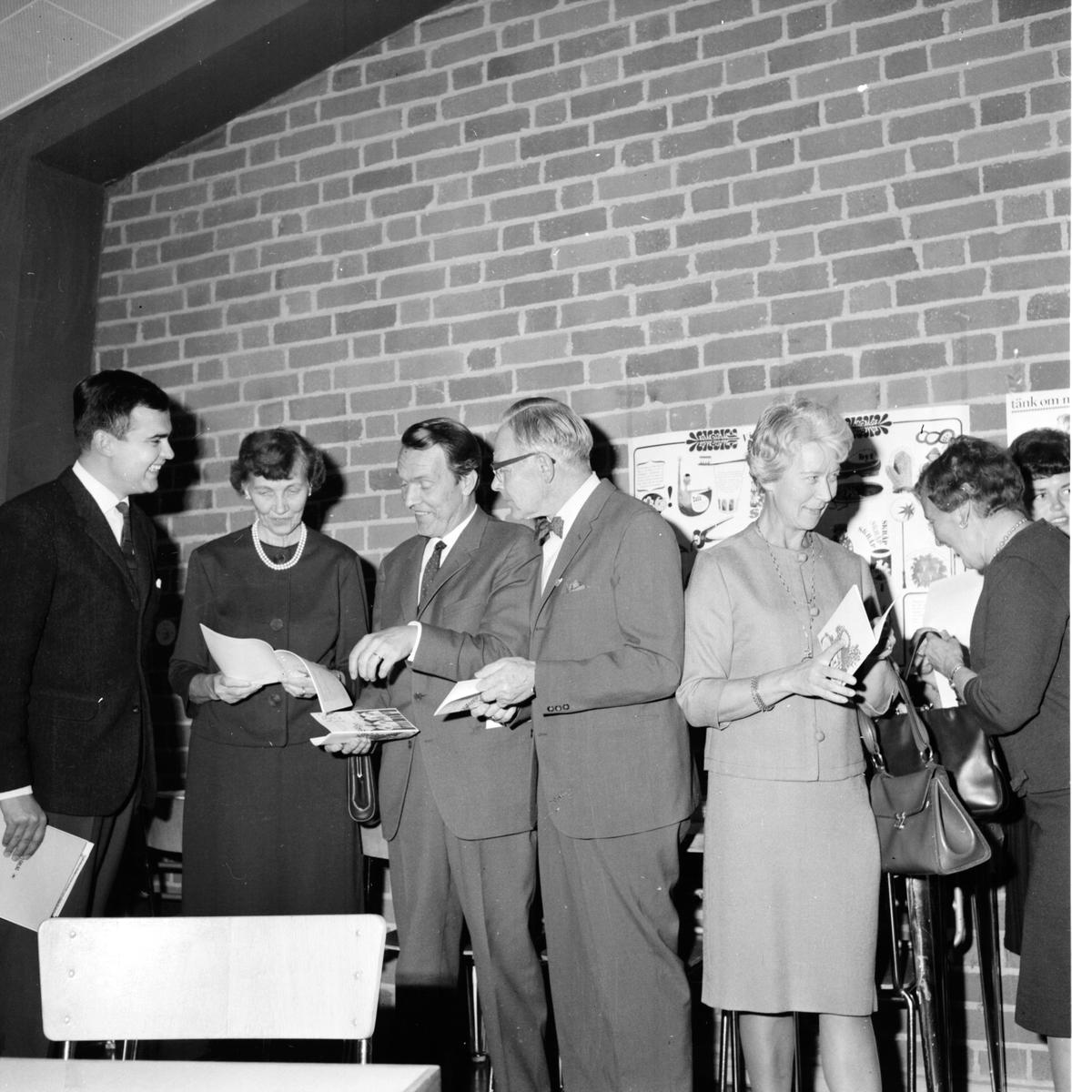 Sparbanksmöte, Centralskolan, 22 September 1964