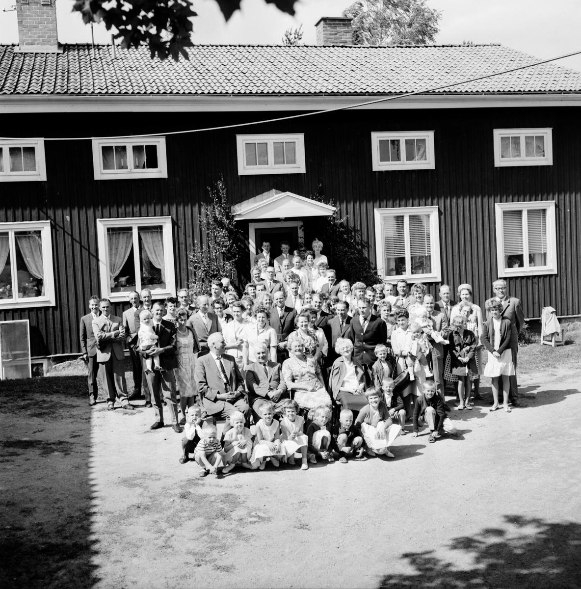 Släktträff i Forneby. Joners 20/6-1964