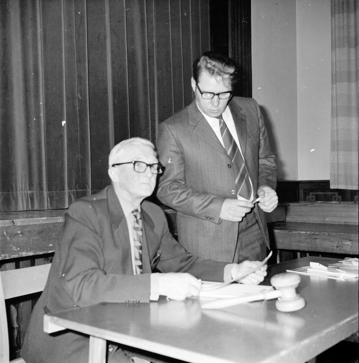 """Vallsta, Hälsinge Livs. Febr 1972 Uppropet """"Vi slutar handla""""."""