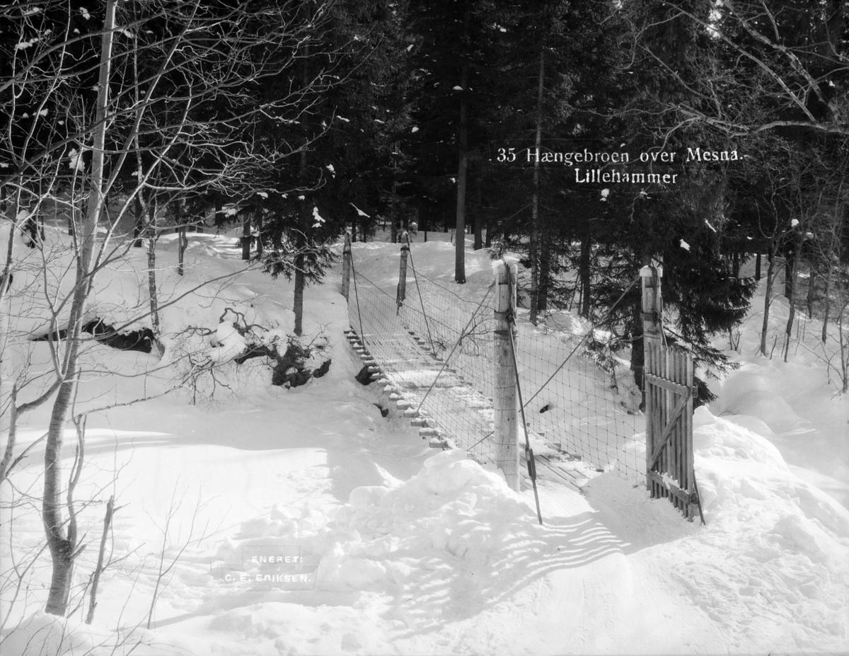 Hengebru over Masnaelva i Lillehammer.