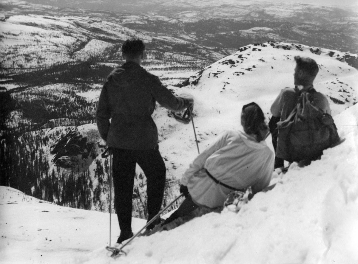 3 skilauparar på Lifjell