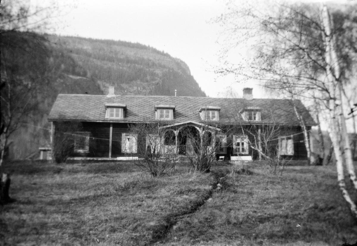 Heggerud pensjonat på Harpefoss, Sør-Fron.