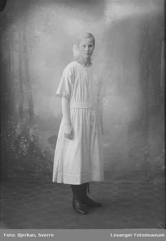 Portrett av Agnes Solberg