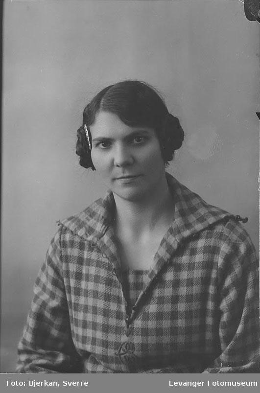 Portrett av Klara Strand
