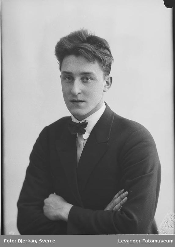 Portrett av Johan Krogstad.