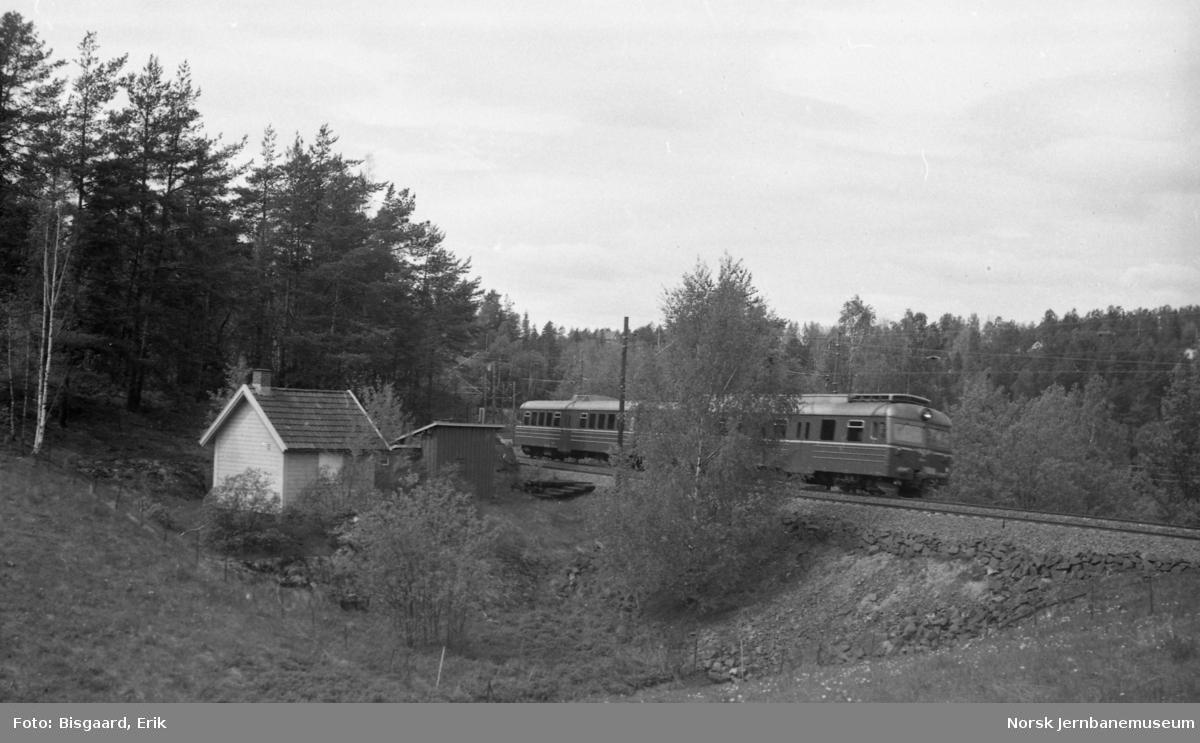 """Tussebrakka"" mellom Oppegård og Vevelstad på Østfoldbanen"