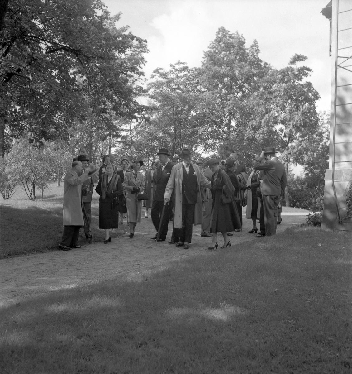 Den 27 augusti 1953. Gävle Varv. Sjösättning av båten M/S Lombardia