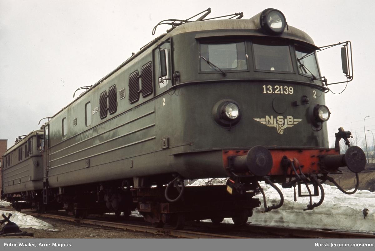 Lokomotivkassen til elektrisk lokomotiv El 13 2139 - venter på hovedrevisjon på Verkstedet Grorud