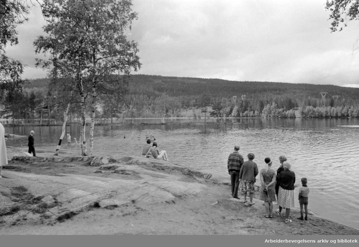 Sognsvann. Stemning på Sognsvann. Juli 1968