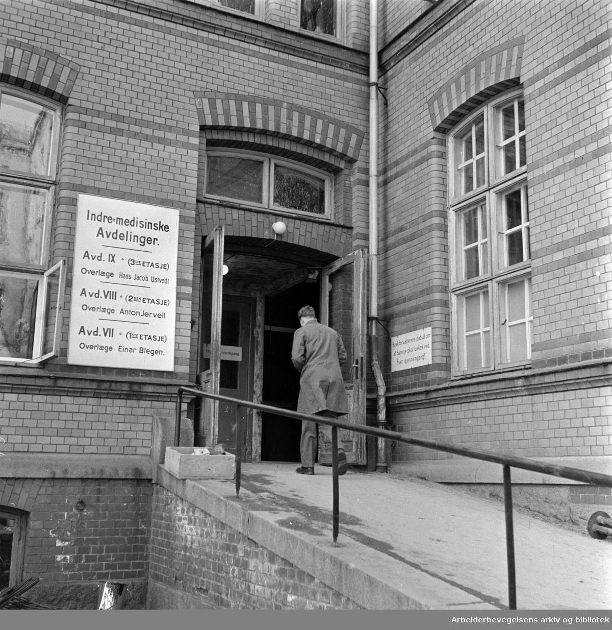 Ullevål sykehus. Indremedisinsk avdeling. April 1958