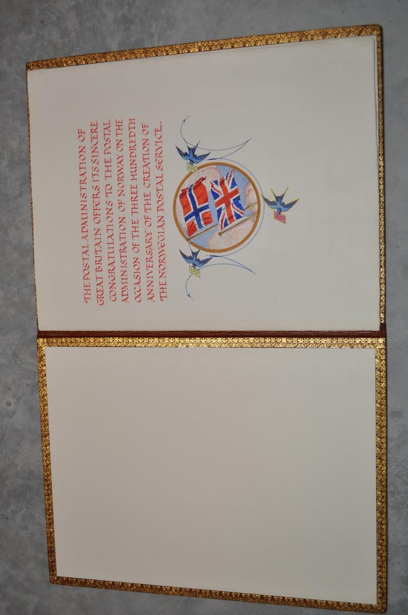 Mappe i skinn som kan åpnes. På innsiden er det tekst.