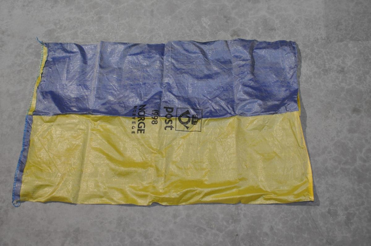 Pakkepostsekk av største størrelse i nylon.