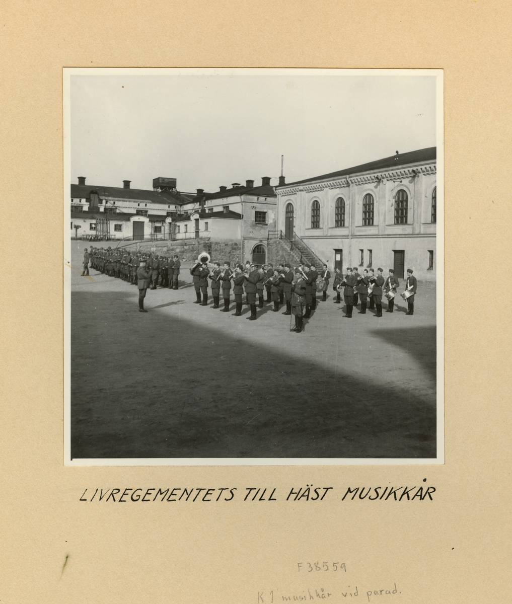 Livregementets till häst musikkår, våren 1947.
