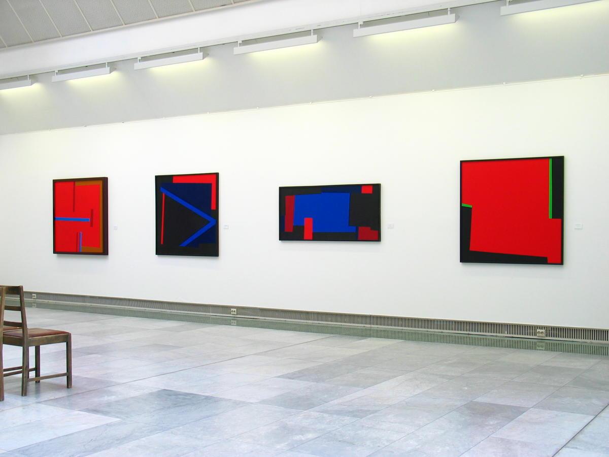 Fra seperatutstillingen til Ove Stokstad i 2006 ved Trondheim kunstmuseum.