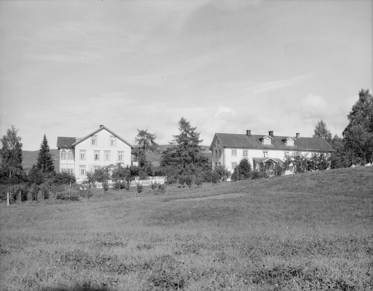 Suttestad gård med Sole pensjonat i Lillehammer.