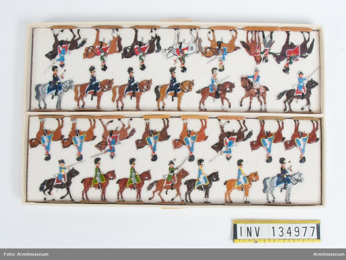 Generalstab från Bayern från Napoleonkrigen. En låda med figurer. Fabriksmålade.