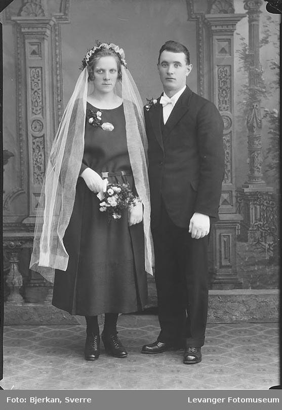 Portrett av et brudeparet Iversen fornavn ukjent