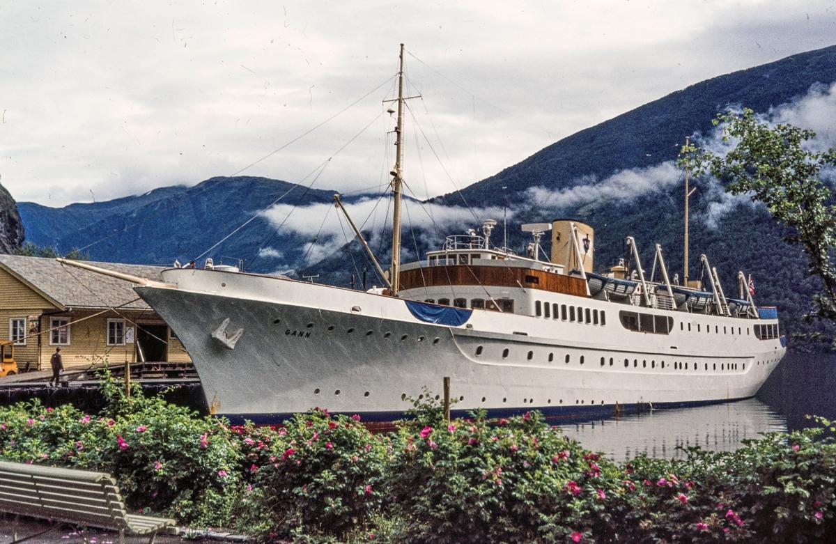 Skoleskipet MS Gann, opprinnelig yachten Vanadis.
