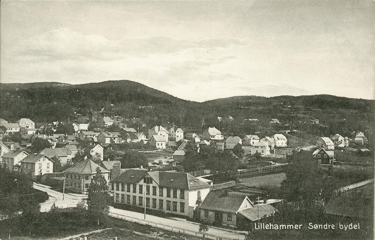 Repro: Utsikt over Lillehammer, bebyggelse, postkort.